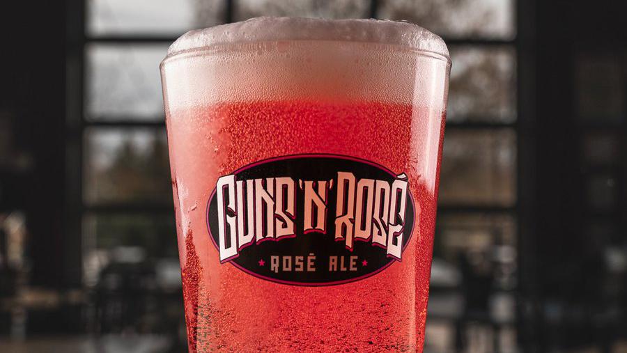 Guns N Roses demandan a microcervecería