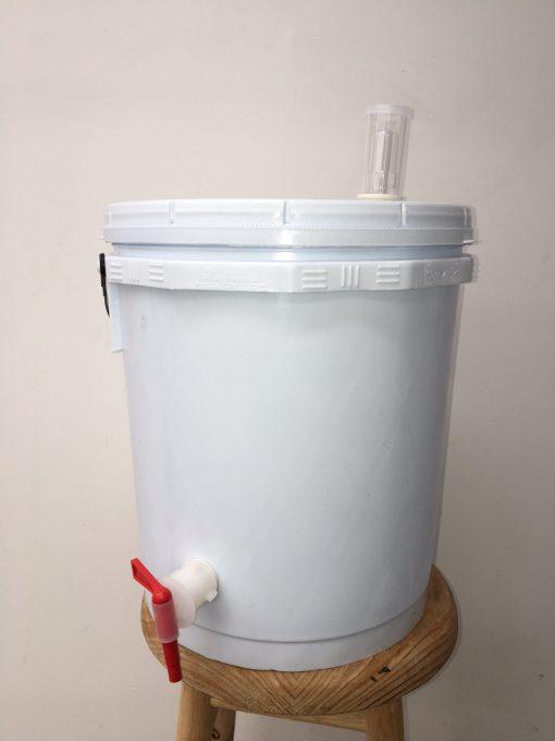 Cubeta para fermentar de plástico
