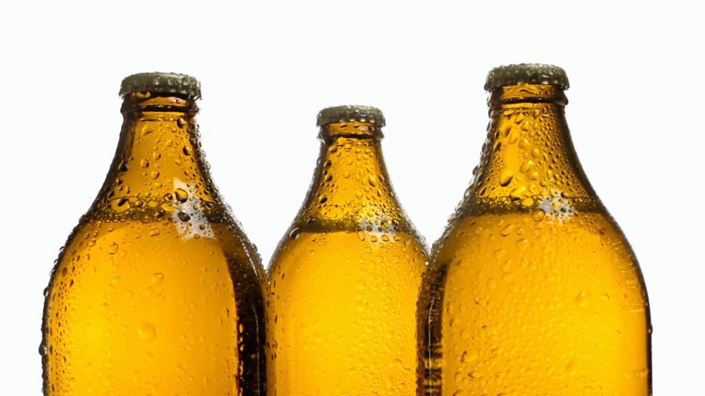 Morena propone venta de cerveza caliente