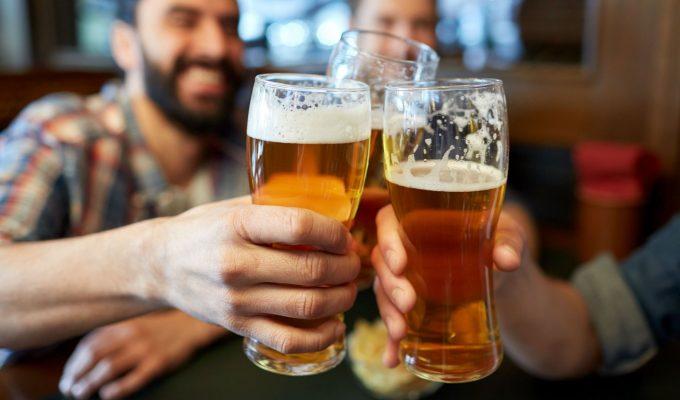 beber una cerveza al día puede extender la vida