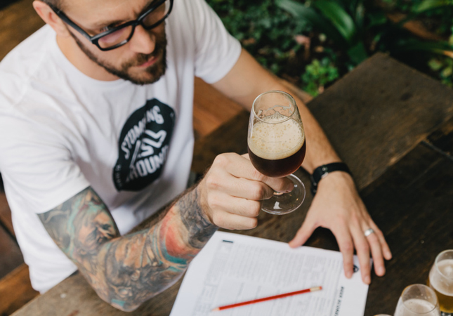 cómo convertirse en un maestro cervecero