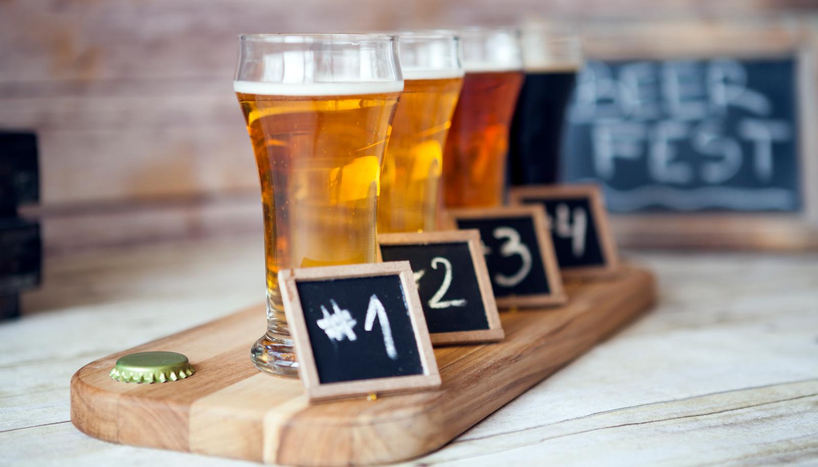 diferencia entre catar y degustar cerveza