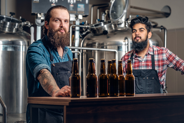 diferencia entre una cervecería artesanal y una microcervecería
