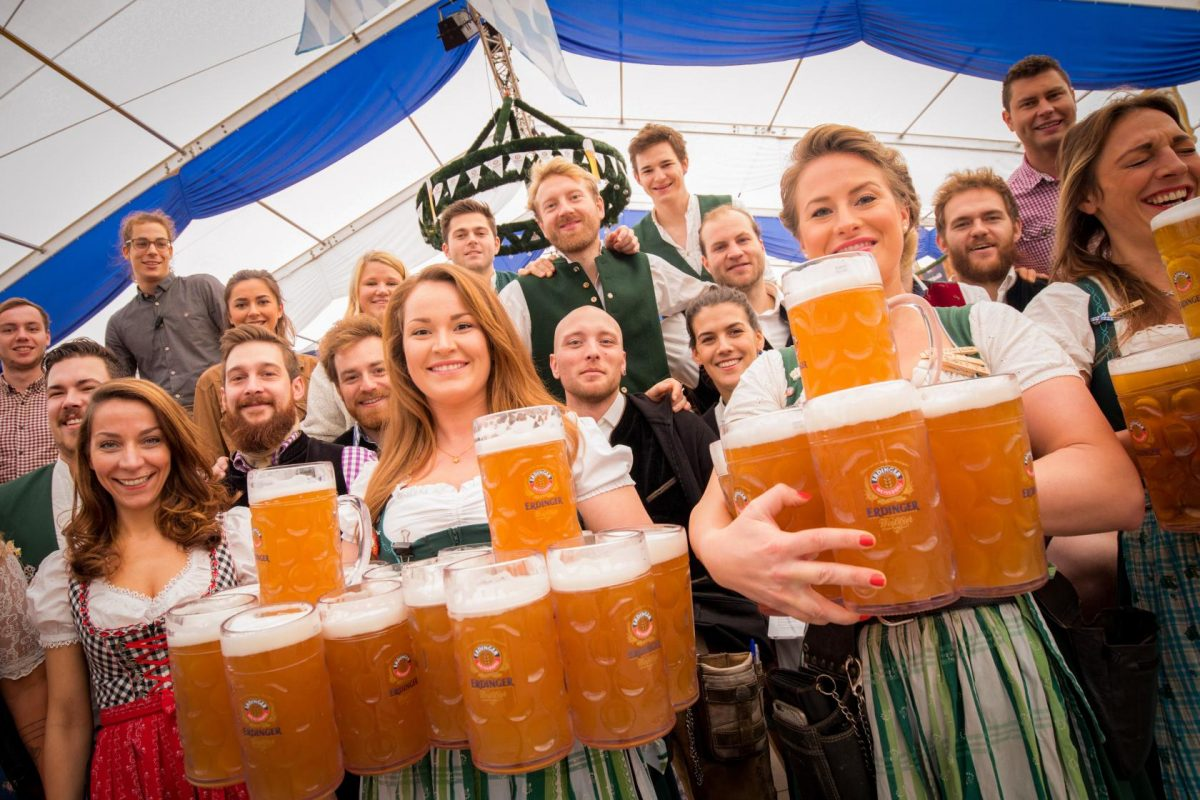 8 Razones para ir al Oktoberfest (además de la cerveza)