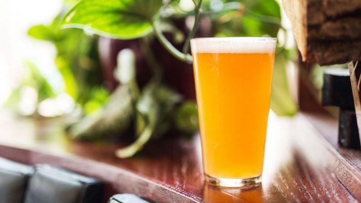 quienes beben IPAs y Pale Ales son más arriesgados