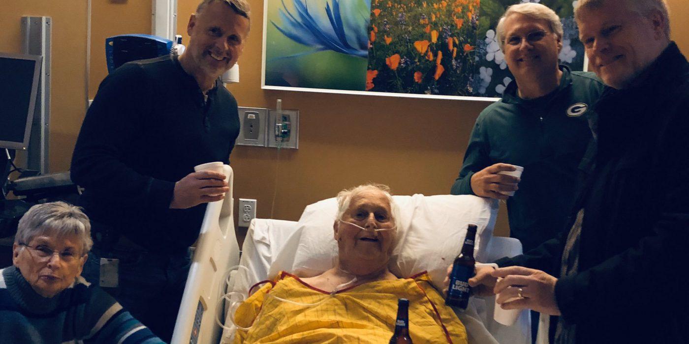 Hombre pide como último deseo beber una cerveza con sus hijos