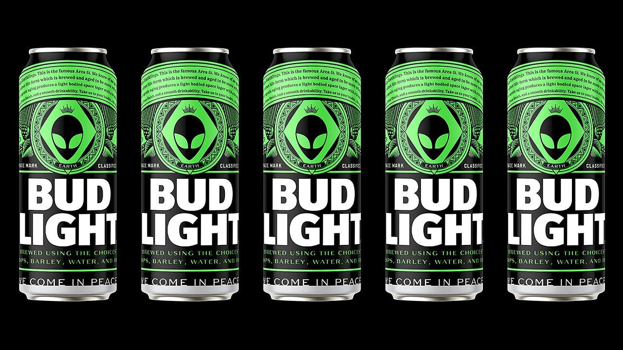 Bud Light cerveza gratis alien Area 51